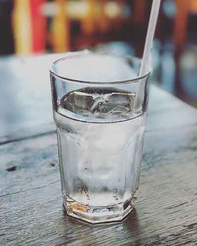 kak-pit-bolshe-chistoj-vody1.jpg