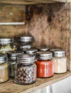 Пряности и специи для здоровья . Статья о пряных травах и специях, обладающих лечебными свойствами – кратко о их воздействии на организм.